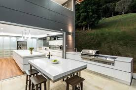 Contemporary Outdoor Kitchen Ideas In Small Spaces Using Modern Stove And  Cabinets With Minimalist Square Dining