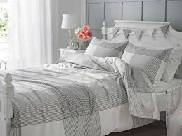 image of duvet cover grey pattern