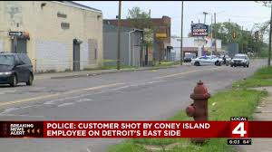 detroit coney island restaurant employee shoots customer