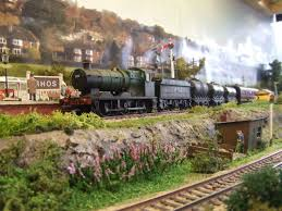 59 best model train images on pinterest model train, steam Wiring Ho Train Locomotive how to make weeds & other flowers for your layout using wire, scatter & paint very simple to do but very effective works for oo, ho, tt, n & o scales HO Scale Diesel Locomotives