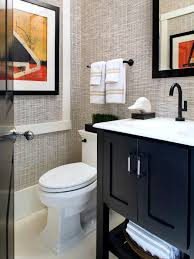 grasscloth wallpaper in small bathroom