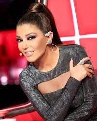 استوحي فستان سهرة أنيق من إطلالة سميرة سعيد - مجلة الجوهرة