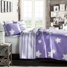 purple and white stars coverlet