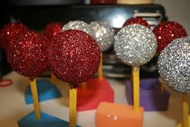 How To Decorate Styrofoam Balls Homemade Christmas Ornaments Styrofoam balls Glue Glitter Dip 32