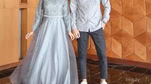 Nonton film temen kondangan (2020) sub indo, download film bioskop sub indo. Serasi Bersama Pasangan Inspirasi Outfit Kondangan Couple Muslim