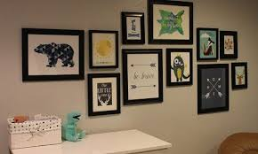Fashionable How To Hang Pictures On A Wall Collage Without Damaging Frame