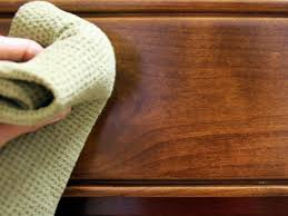 how to clean a wood kitchen table