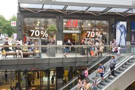 Designer Outlet In London London Designer Outlet Sees 15th Consecutive Quarter Of Growth