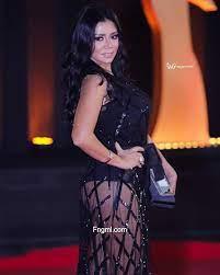 رانيا يوسف عارية الافخاذ بفستان شفاف (15 صورة) - الفن والجمال