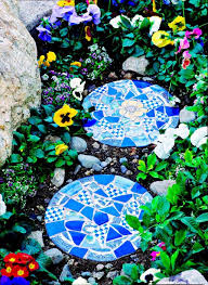 tile topped stepping stone for the garden