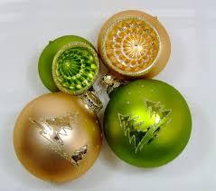 Christbaumschmuck Sortiment Grün Gold Matt Mundgeblasen
