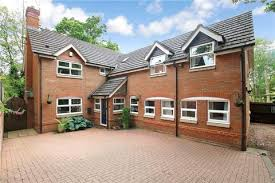 5 Bedroom Detached House For Sale   Rochester Close, Headless Cross,  Redditch, Worcestershire