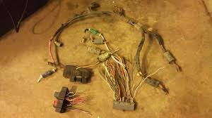 one way to save a first gen a4ld to 5r55e swap completed ford am eec v pcm harness some factory relay boxes and then of course the 5r tranny harness now its just a simple matter of wiring everything together and