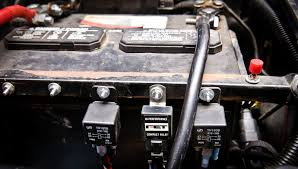 jdm aux fan ih8mud forum fan has its own fuse in my aux fuse box i love this little box makes your life so much easier