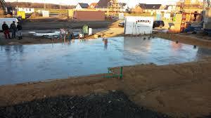 Wie viele kubikmeter brauche ich? Bodenplatte Betonieren Bewehrung Verlegen Und Beton Giessen