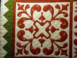 Hand Quilting Patterns: Unique Templates and Ideas & Quilt with Vibrant Design in Red and Green Adamdwight.com