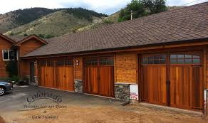 evergreen custom wooden garage door zoom in