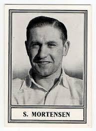 Barratt Famous Footballers New Series Serifs #19 Stan Mortensen Blackpool    eBay
