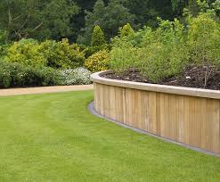 hardwood retaining wall system saville gardens1
