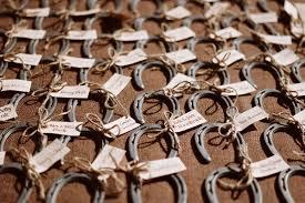 horseshoe wedding favors ideas wedding favors ideas for weddings Wedding Horseshoe To Make wedding favors horseshoe2 Horseshoes Game Wedding