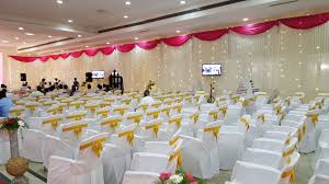 who we are who we are breeze decorator is a venture by mr p m arumugam who has been in the profession of decoration services for more than 13 years