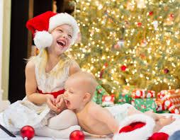 Christmas Photo Kids Age Gap Kids At Christmas Mums The Word