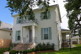 Traditional Exterior Paint Colors For New Orleans Home   Strong Shield
