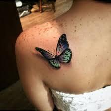 татуировка на лопатке у девушки бабочка в стиле 3d фото рисунки