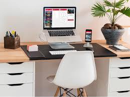 The best office desk Chair Best Desk Setup Of 2017 Freshomecom 10 Best Desk Setup Of 2017 Inspire Design