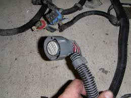 4l60e to 4l80e wiring swap performancetrucks net forums how to re pin automotive connectors at Removing Wires From Harness