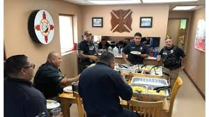 el paso las cruces olive gardens deliver free meals to local first responders