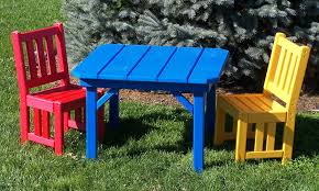 outdoor kids chair and table
