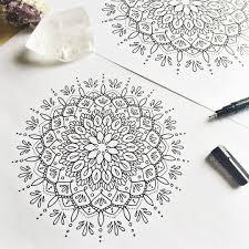 Pin Uživatele Annemarie Illeová Na Nástěnce Drawing Mandala