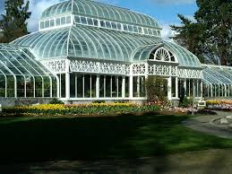 20 Glorious Greenhouses