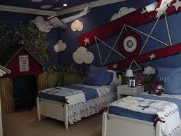 airplane bedroom decor