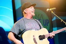 Garth Brooks Seating Chart Calgary Garth Brooks Will Tour Stadiums In 2019