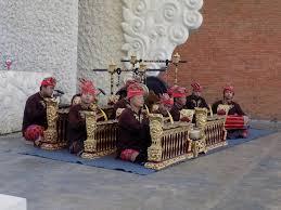 Yuk, kenali sejarah dan fungsi dari gamelan jawa. Jenis Jenis Alat Musik Gamelan Kamu Wajib Tahu Blibli Friends