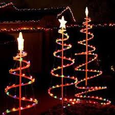 Como Hacer Un Arbol De Navidad Con Alambre Y Escarcha