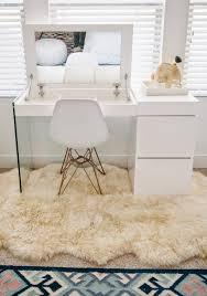 vanity table. 21 Vanity Tables Beauty Junkies Will LOVE Via Brit + Co Table