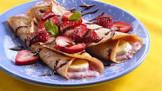 banana berry crepes