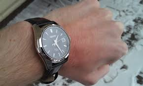 small classic dress watch <38mm for 6 wrist to qualifying 38mm black face 450 although it s relatively thick my buddy can pull it off on his 5 5 inch wrist here it is on my 6 5 inch wrist