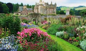 Small Picture The 5 Most Beautiful Gardens in Britain HistoryBuff The Future