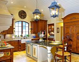 Enclosed kitchen - mid-sized traditional l-shaped travertine floor enclosed  kitchen idea in