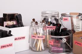 Cosmetics clutter and how to contain it | Beautylish