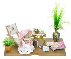 Sylvanian Families Luxury Decorated Garden HousePatio Set Figure - Swivel classy sylvanian families living room set