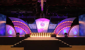 Event Stage Design Pin By Daisy On Stage Stage Set Design Stage Design