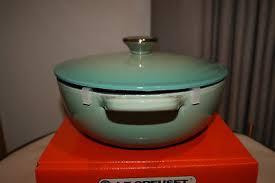 le creuset soup pot. 6 Of 12 Le Creuset Cast Iron 22cm Soup Pot MARMITE Black Enamel 2.6L - Cool Mint
