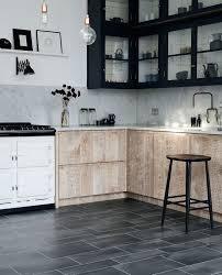Amtico Kitchen Flooring Umbra Eclipse Beautifully Designed Lvt Flooring From The Amtico