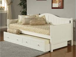 day bed uk interesting white wooden daybed with impressive wooden daybed frame white wooden daybed jpg