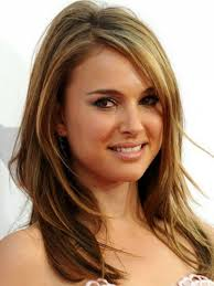 Best 10  Long faces ideas on Pinterest   Hairstyles for long faces together with  as well  furthermore  as well Hair Alert  Best Bangs For Your Face Shape   HuffPost in addition  moreover Medium Length Layered Haircuts For Oval Faces   New Hair Style besides What Kind of Layers Are Right for Your Hair Type and Face Shape furthermore  together with Best 25  Oval face hairstyles ideas on Pinterest   Face shape hair together with How to Cut your hair to  pliment the shape of your face   LEAFtv. on layered haircuts for shaped faces